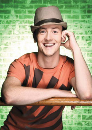 MATT LEE TO FILL THE SHOES OF BERT IN MARY POPPINS