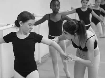 SEEKING DANCE TEACHERS FOR PRIMARY SCHOOLS