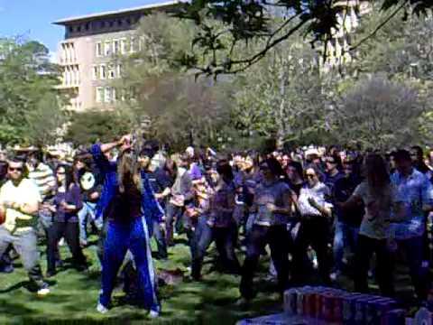 World Record Robot Dance at Melbourne University 2009