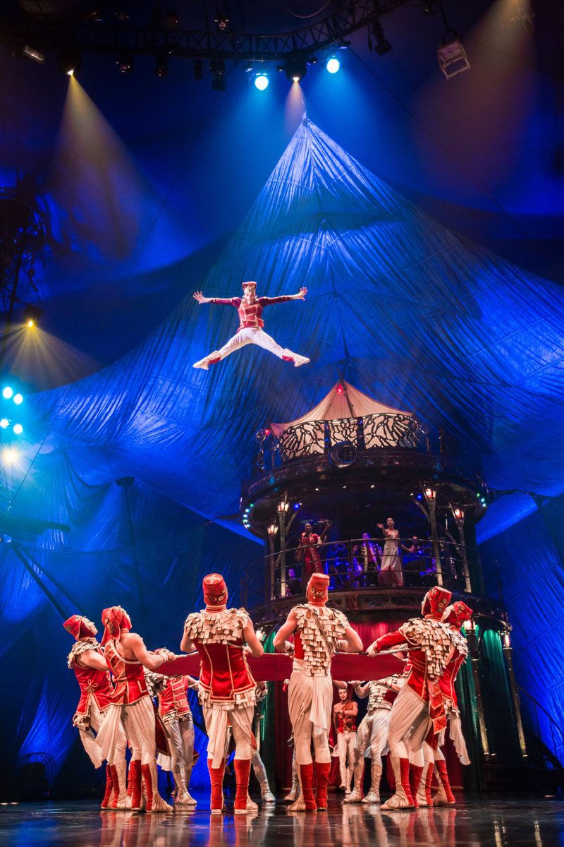 Nov 29,  · Recognized over the world, Cirque du Soleil has constantly sought to evoke imagination, invoke senses and provoke emotions. Discover the highly creative and artistic shows from Cirque du Soleil in your city. Get more information about us and buy tickets for shows at.